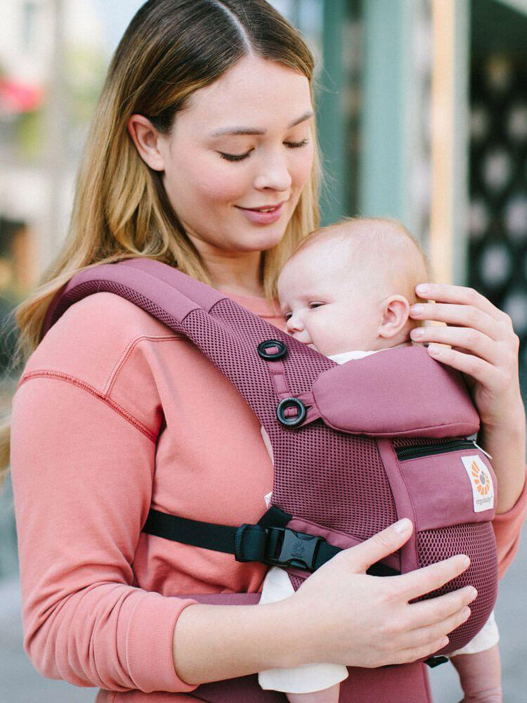 Nosiljka Ergobaby Adapt Cool Air Mesh Plum